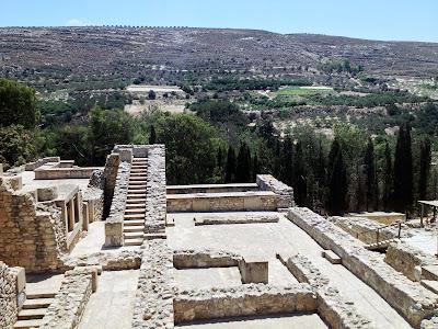 Ο Μίνως Καλοκαιρινός και οι πρώτες ανασκαφές στην Κνωσό