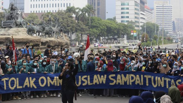 Tidak Puas, Mahasiswa Akan Geruduk Istana Lagi 20 Oktober