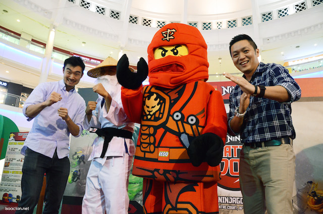 (L to R) Kevin Hagin, Senior Regional Brand Manager, LEGO Sensei Wu, Kai and Dick Yoong, Country Manager of LEGO Malaysia