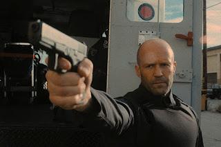 Jason Statham e o diretor Guy Ritchie retomam parceria nos cinemas em Infiltrado