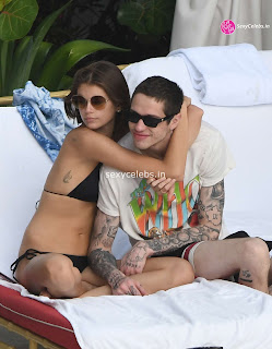 Kaia Gerber in tiny wet black bikini tongue kissing Pete Davidson in Miami Beach Pool Celebs.in Exclusive 004