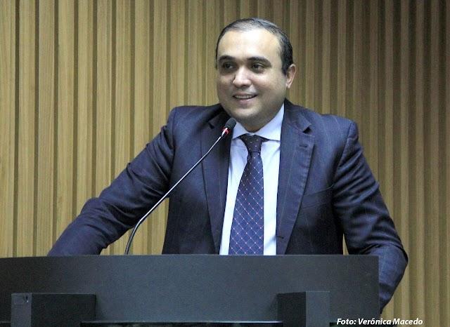Lei de autoria do Vereador Ney Lopes Jr garante direito do paciente a acompanhante em hospitais do município