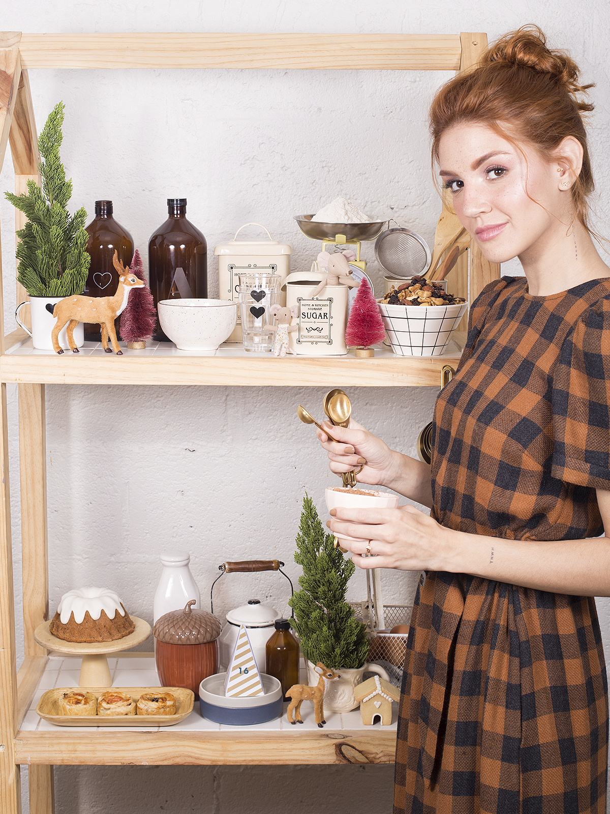 anne with an e inspired christmas party decor shooting blog do math