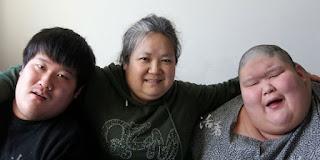 Keteguhan Seorang Ibu dalam Merawat dua Orang Putranya yang Menderita Autisme