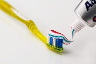 Penyebab Dan Cara Menghilangkan Bau Mulut