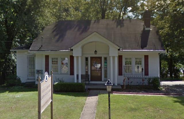 Gordon-Van Tine Cabot or Stratford 4403 Old Wm Penn Hwy Murrysville PA