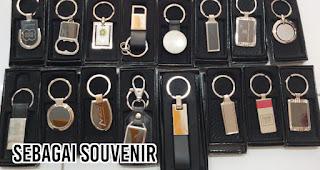 Sebagai Souvenir merupakan salah satu manfaat gantungan kunci