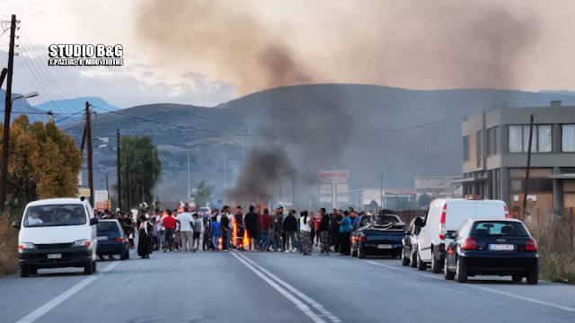 Προφυλακιστέος ο 63χρονος για το θάνατο 18χρονου Ρομά - Φωτιές και οδοφράγματα σε όλη την Ελλάδα