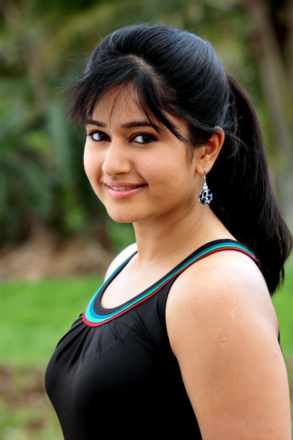 Poonam bajwa from manthrikan
