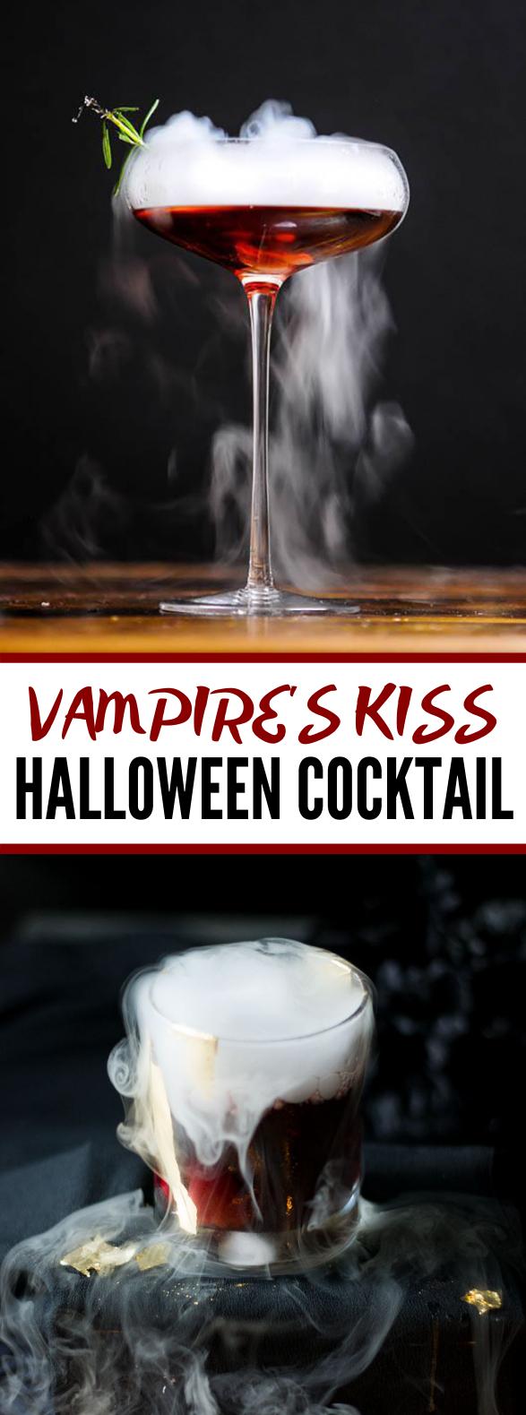 VAMPIRE'S KISS COCKTAIL #mixeddrink #halloweenparty