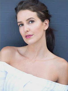 Isabella Kaif Wiki, Bio, Age, Height, Measurements, Salary, Net Worth, Filmography, Movies, Images, Pics