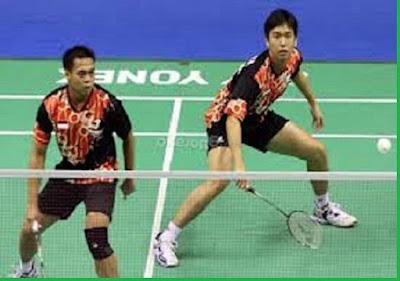 Hitting position dalam bulutangkis (Badminton) - pustakapengetahuan.com