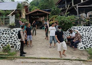 Sambang Warga, Sat Binmas Polres Enrekang Beri Imbauan Kamtibmas dan Prokes