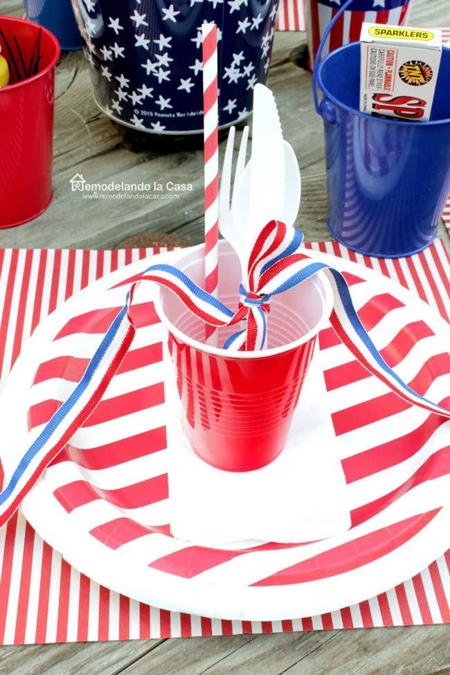 rustic patriotic tablescape