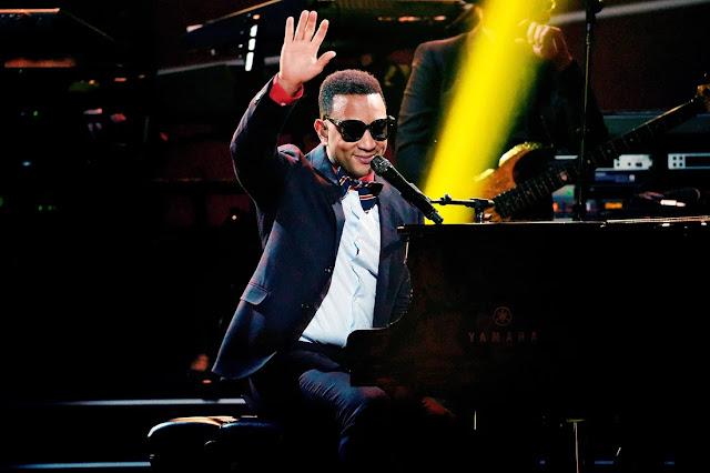 Elton John: I'm Still Standing