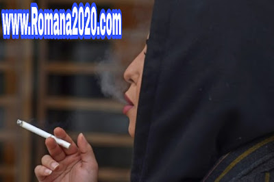 سعوديات تدخن علنا تحت دريعة ممارسة الحرية الشخصية في السعودية