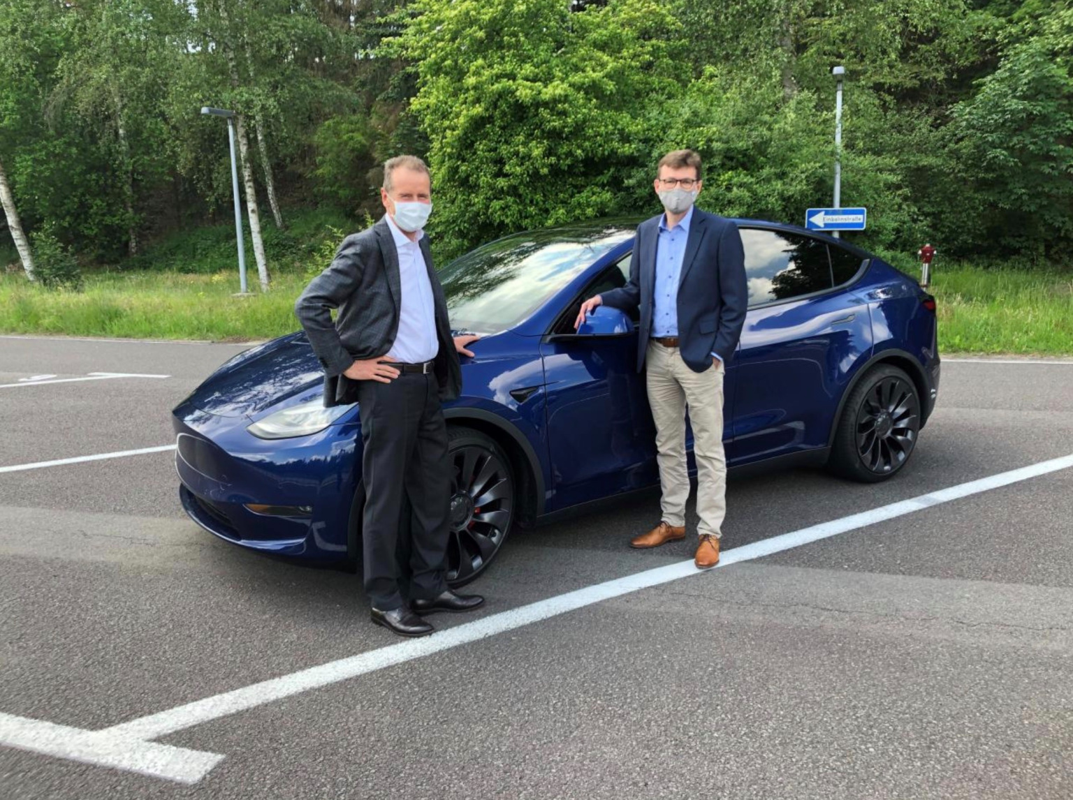 Tesla Model Y CEO VW