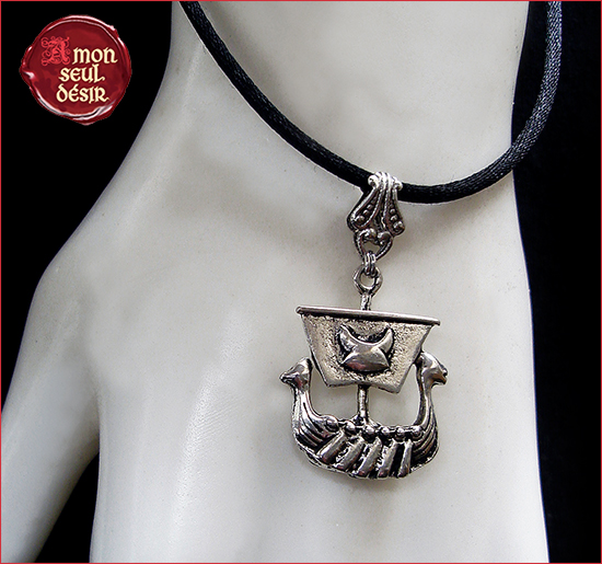 collier drakkar viking celtique nordique mythologie bijoux thor odin guerrier