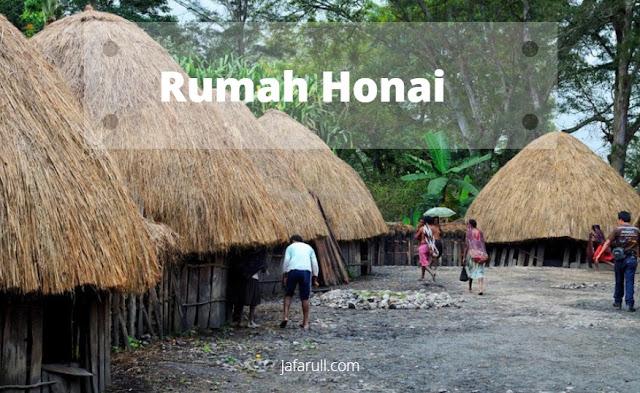 Honai adalah rumah adat yang berasal dari daerah