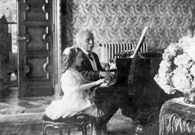 Gabriel Fauré playing piano duets Melle Lombard