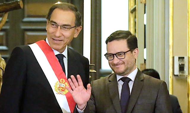 El presidente de la República, Martín Vizcarra, tomó juramento hoy a Edgar Manuel Vásquez Vela en el Despacho de Comercio Exterior y Turismo.