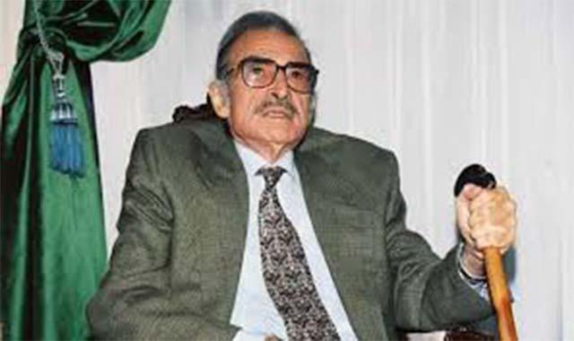 فارس السينما أحمد مظهر شارك في الحرب العالمية وقتل إبنه صديق عمره