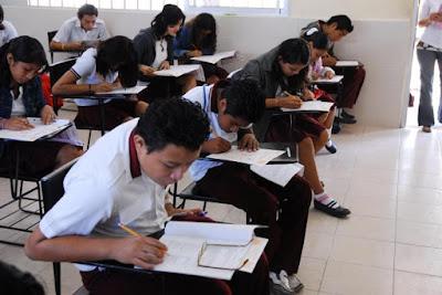Alumnos peruanos participarán en el VIII Máster de Matemática