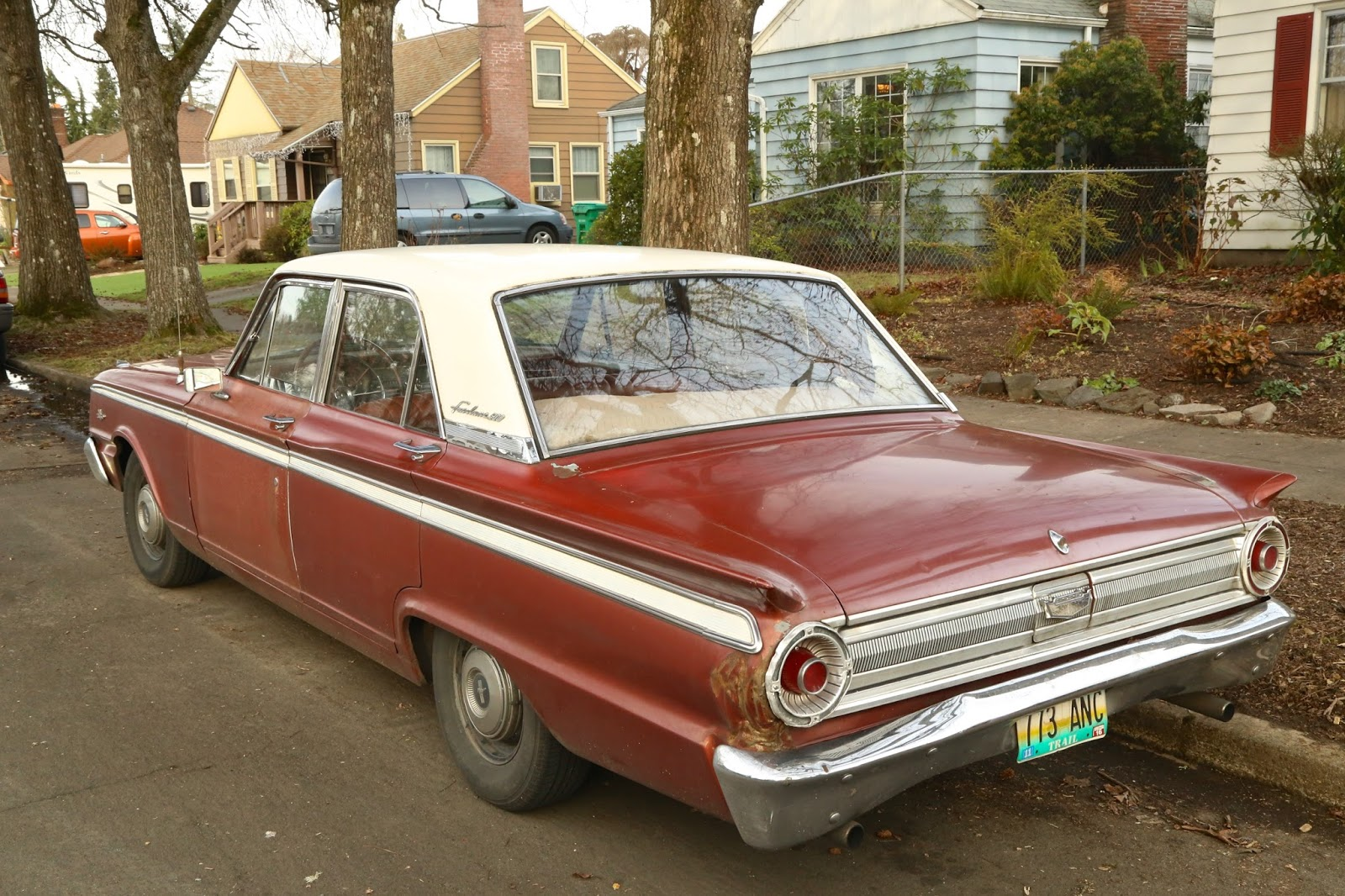 old parked cars 1963 ford fairlane 500. Black Bedroom Furniture Sets. Home Design Ideas