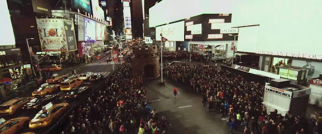 Super Mario Run commercial advertisement let's run New York City LTE Data flagpole castle