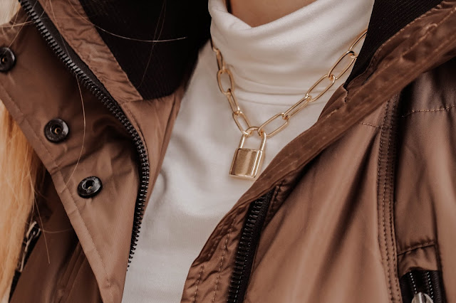 Missguided gold chain padlock necklace