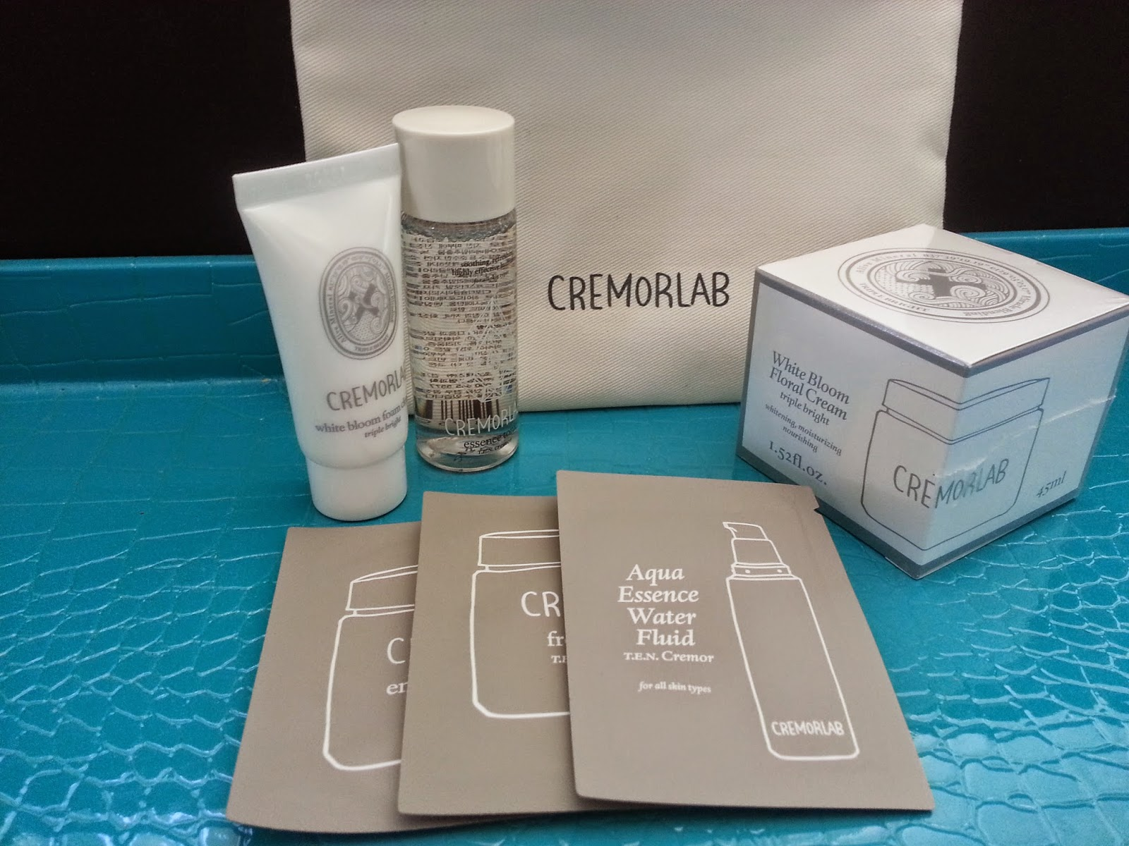Cremorlab White Bloom Floral Cream, Cremorlab Travel Bag Goodies