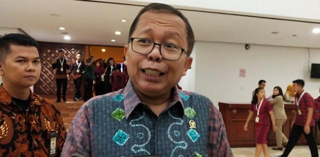 Ketimbang Ribut Soal Reshuffle, Lebih Baik Presiden Jokowi Didorong Ambil Komando Penanggulangan Covid-19