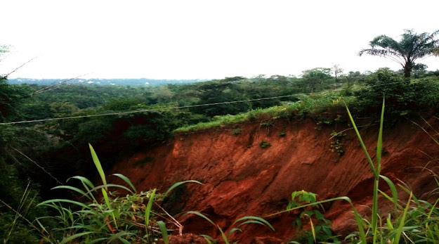 Image: Anianta Landslide Umuobom-Ndianiche Road