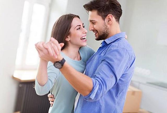 Tipe Cowok yang Gampang Bikin Cewek Jatuh Cinta