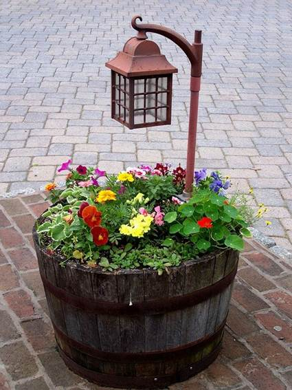 Decoration with wooden wine barrels 3