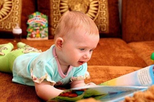 تربية الاطفال الرضع