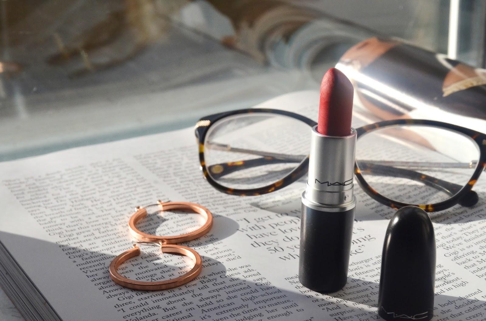 rihanna red lipstick ruby woo