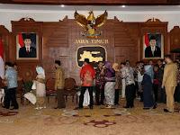 Pangdivif 2 Kostrad Hadiri Undangan Halal Bihalal Gubenur Jatim