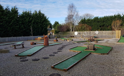 Sunnybank Gardens Crazy Golf course in Hatfield, Doncaster