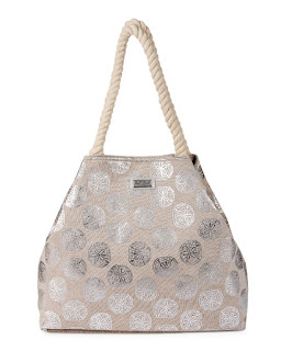 https://www.steinmart.com/product/silver+sand+dollars+gap+tote+75171769.do?sortby=ourPicksAscend&page=9&refType=&from=fn&selectedOption=100345