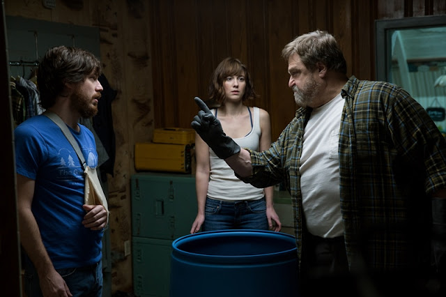 Ulice Cloverfield 10 (10 Cloverfield Lane) – Recenze