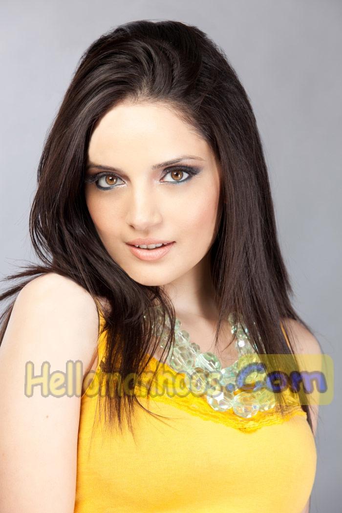 Armeena Rana Khan - Age, Family, Dramas, Job, Marriage, Husband, Wiki Bio