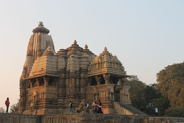https://www.techominfo.com/2019/11/mysterious-temples-of-india.html