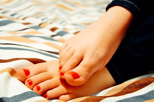 yellow toenailsyellow toenails, yellow toenails treatment, how to get rid of yellow toenails, yellow toenails diabetes, yellow toenails from nail polish, how to get rid of yellow toenails with vicks, thick yellow toenails, brown toenail, green toenails