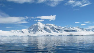 Antarctica, microplastic