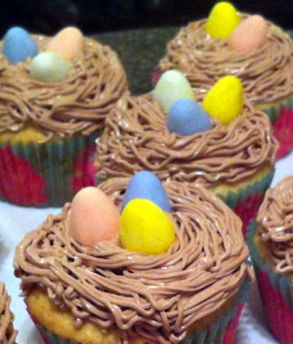 Easter Vanilla Cupcakes w/ Swiss Meringue Buttercream Frosting