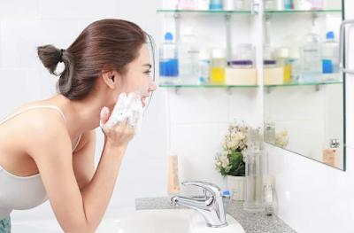Cara Menghilangkan Jerawat dengan Sabun Cuci Wajah