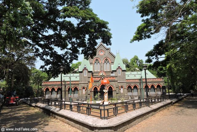 Tour to Kolhapur,Town Hall Museum, Kolhapur