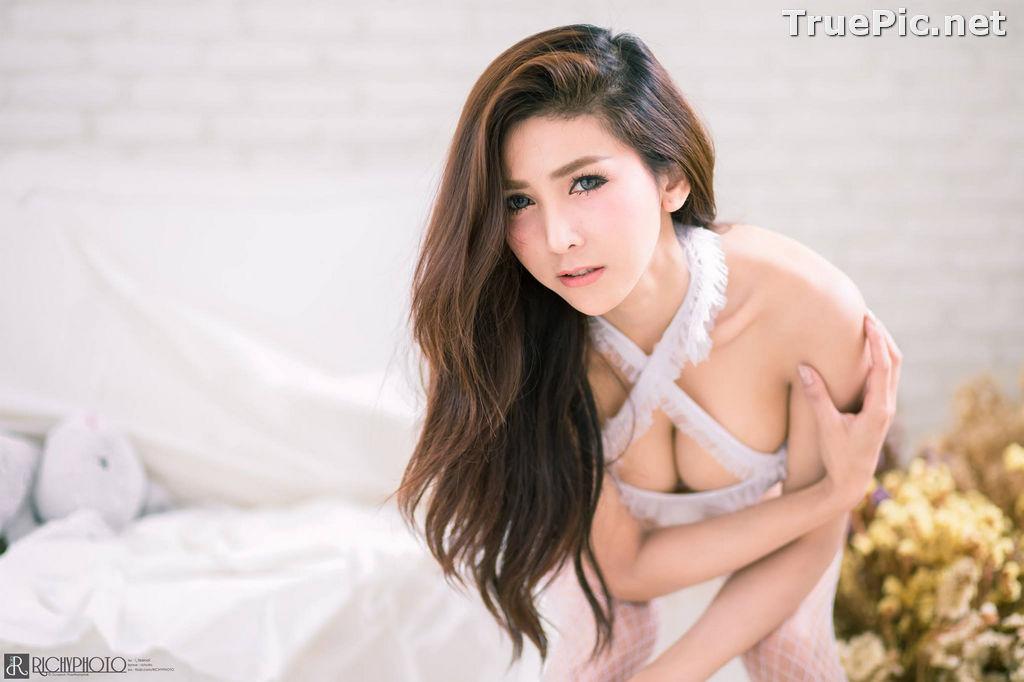 Image Thailand Model - Jurarak Untao - Beautiful in White - TruePic.net - Picture-1