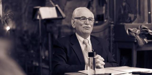 Ο προφητευόμενος Ιησούς της ιστορίας - Δημήτριος Λιάκος